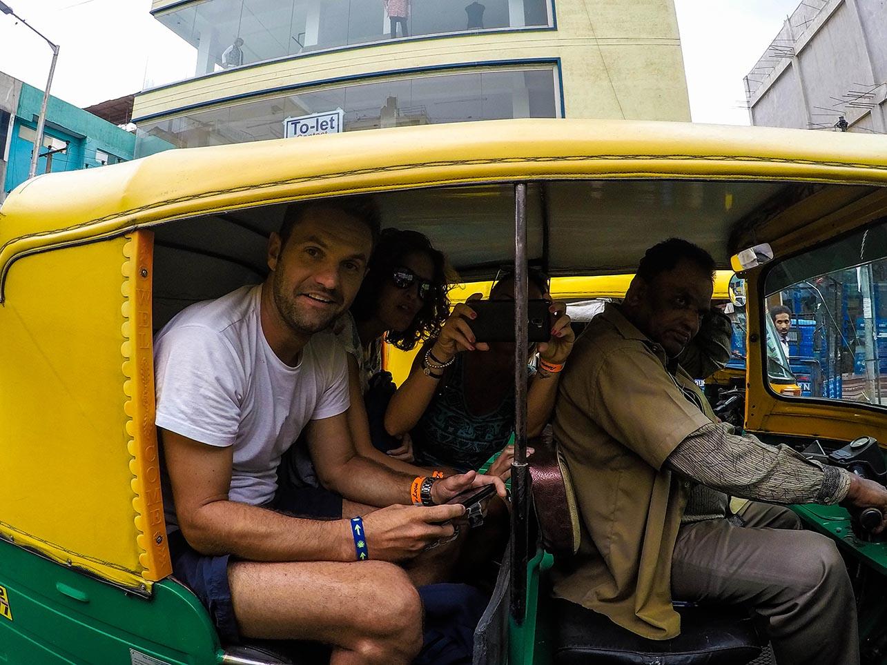 Diferencias entre la India y España - Primera vez en un Rickshaw